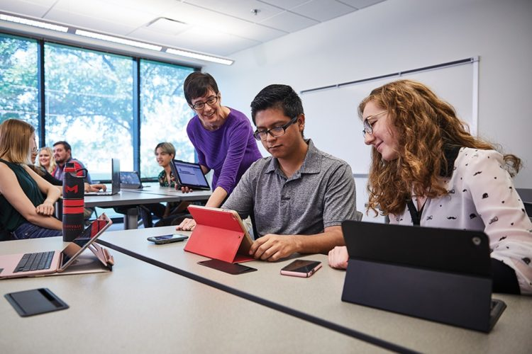 MARYVILLE NAMED APPLE DISTINGUISHED SCHOOL (AGAIN!)